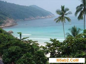 الدارسة في ماليزيا - طلبات القبول - تكاليف الدراسة - المعيشة و السياحة