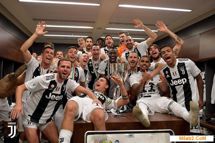 صور احتفال كريستيانو رونالدو بكأس السوبر الإيطالي 2019 مع اليوفنتوس